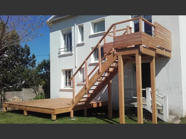 Terrasse et escalier extérieur
